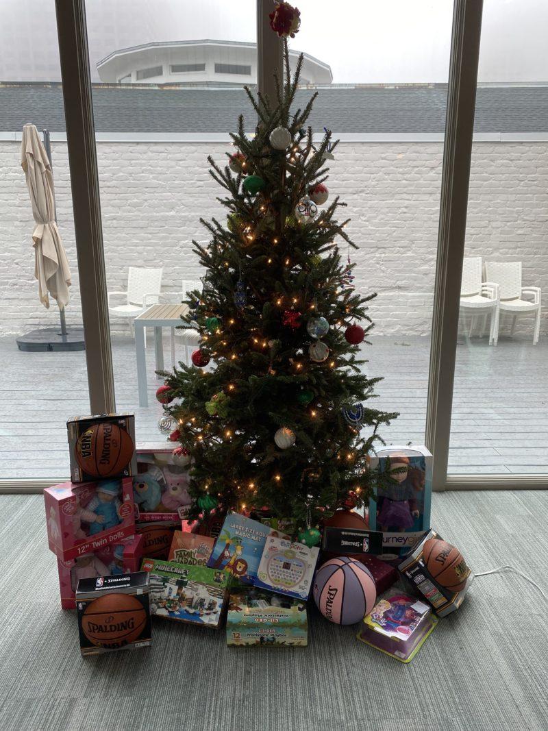align gift tree